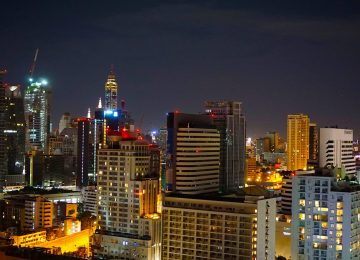 Thailand's capital Bangkok has defeated London to become the world's top tourist destination