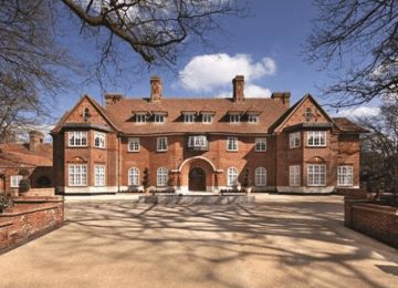 Take a look inside Justin Bieber's swanky new 15-bedroom pad in Hampstead