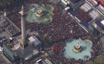 Heroes welcome for Olympians and Paralympians in Trafalgar Square
