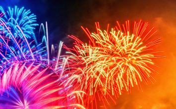 Tickets to London's New Year's Eve fireworks are available from 12pm! Get them at this link