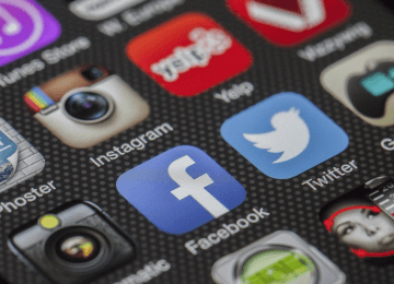 Going viral and getting in vogue: top Facebook tips from the Updates Media team
