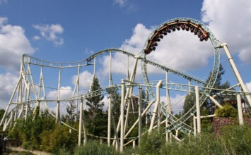 "Londoner banned from rollercoaster because chest ""too big"""