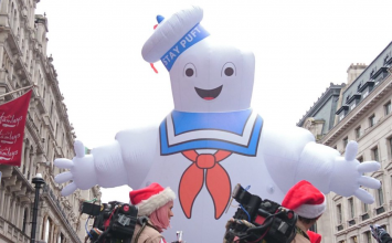 Regent Street grinds to halt for Hamley's toy parade featuring much-loved kids characters