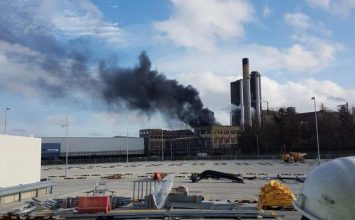 A huge fire has broken out in an oil refinery in south-east London